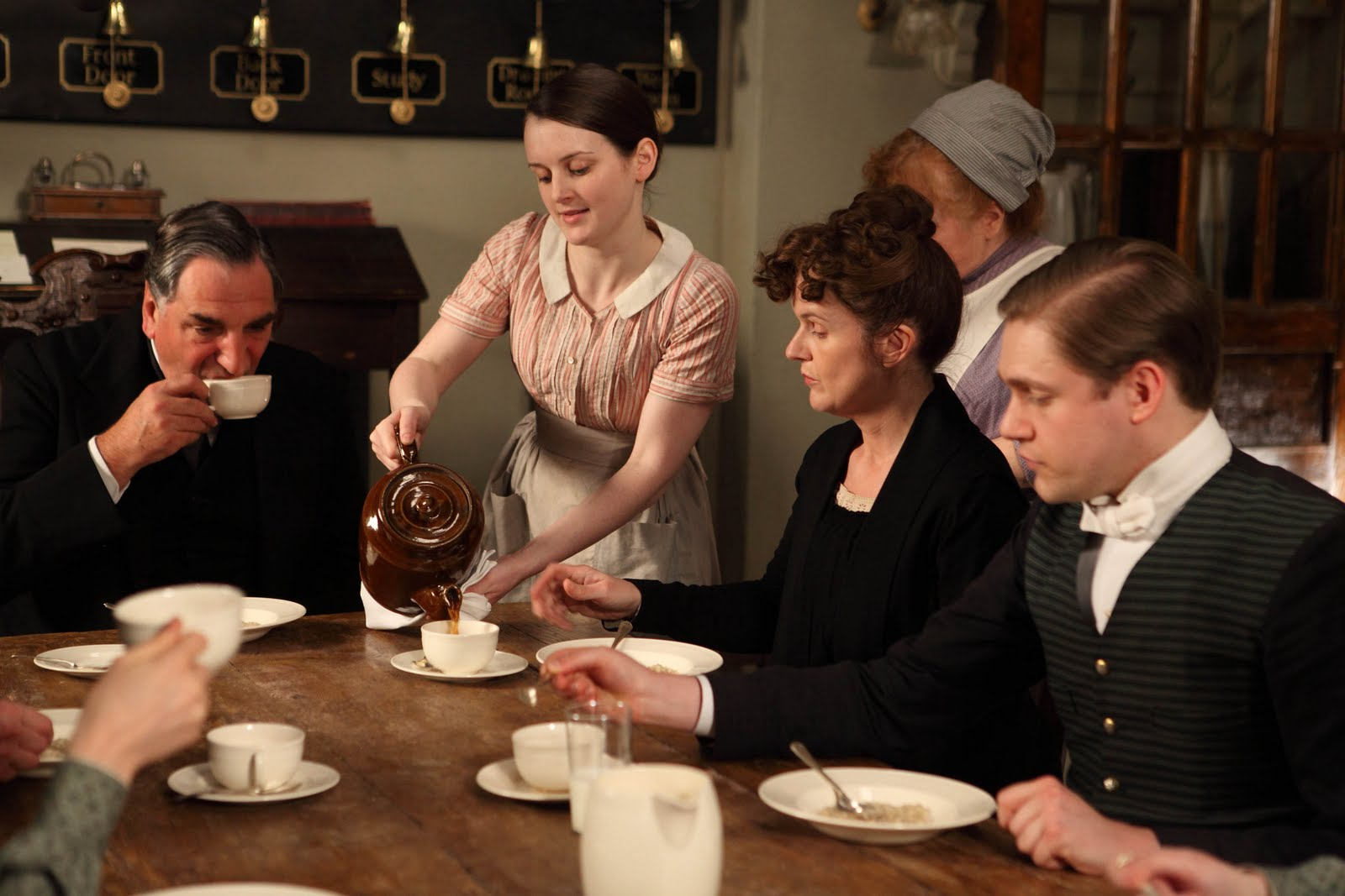 downton_abbey_series2_ep1_09-1-